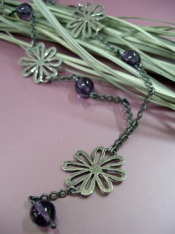 "NECKLACE ""VIOLETAS"""