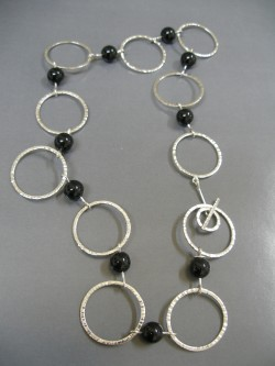 "NECKLACE ""TOC"" ONIX"