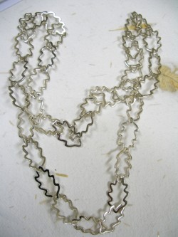 "NECKLACE ""ROBLE"""