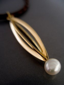 "PENDANT WITH PEARL ""ENSAMBLE"""